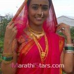 akshaya-gurav-in-saree-photos
