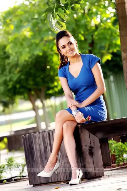 Amruta Khanvilkar Marathi Actress Biography Photos Wiki