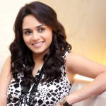 Amruta Khanvilkar HD Wallpapers