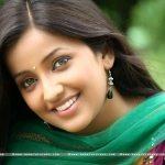 marathi-actress-apurva-nemlekar-wallpapers