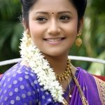 jui-gadkari-marathi-actress-in-saree
