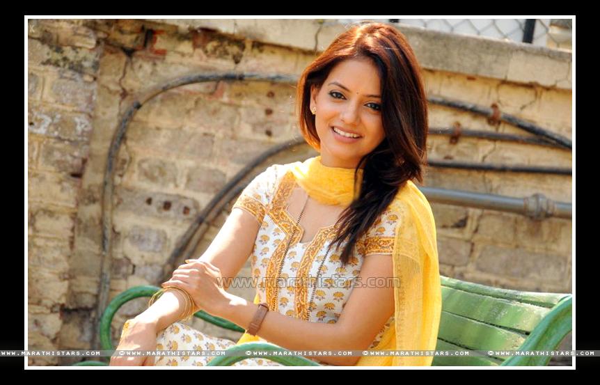 Kadambari Kadam Marathi Actress Photos Biography Wiki Images-5951