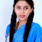 mrunmayee-deshpande-in-saree-images