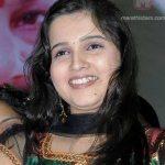 neha-gadre-smiling-photo