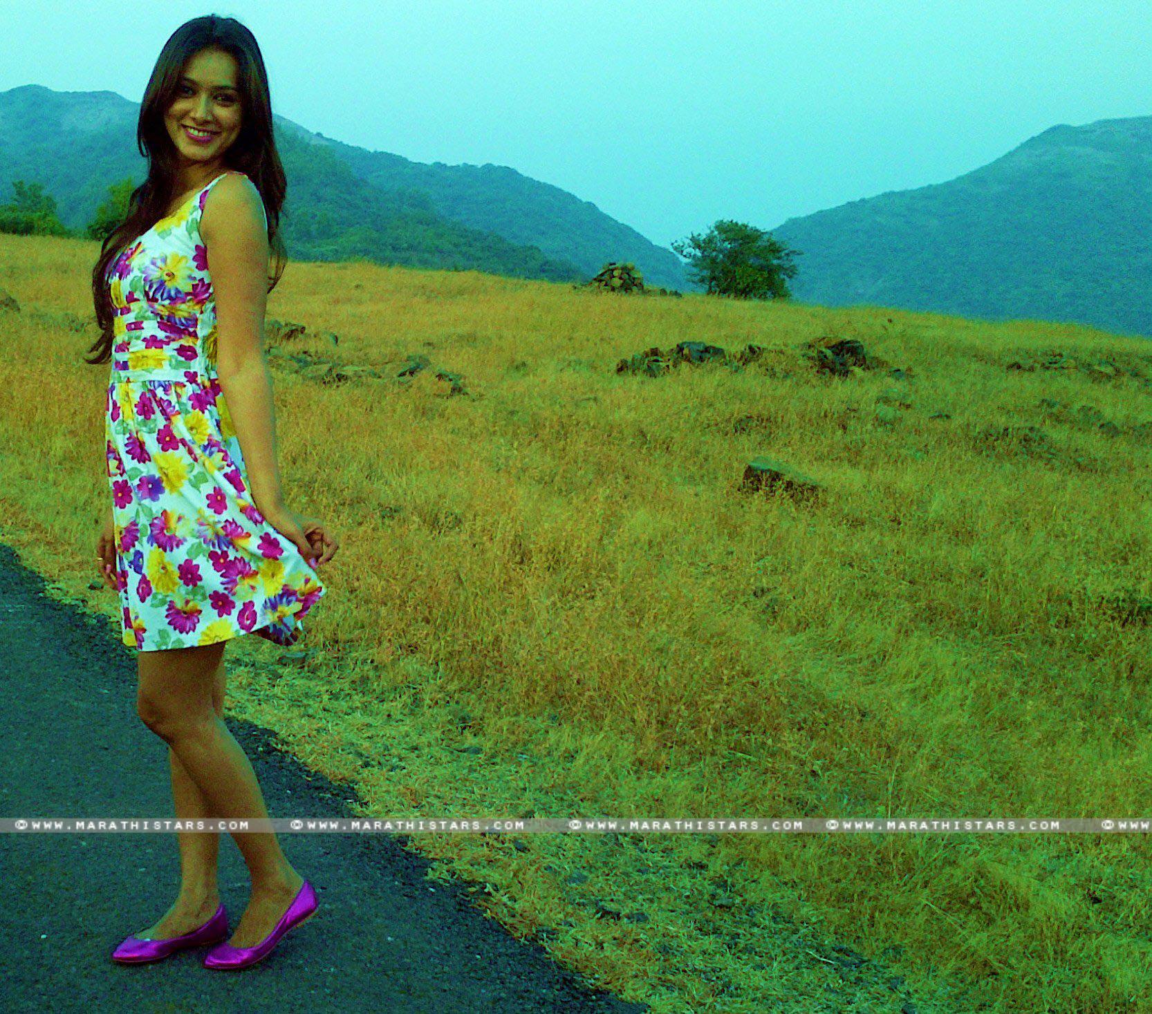 pallavi subhash marathi actress photosbiography