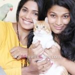 pooja-sawant-actress-with-sister