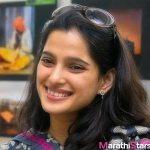 marathi-actress-priya-bapat-images