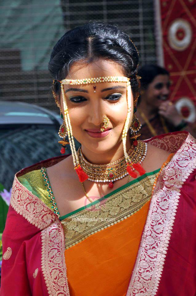 Rupali Bhosle Marathi Actress Biography Photos Wallpapers