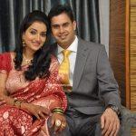 rupali-bhosale-marathi-actress-with-husband-milind-shinde