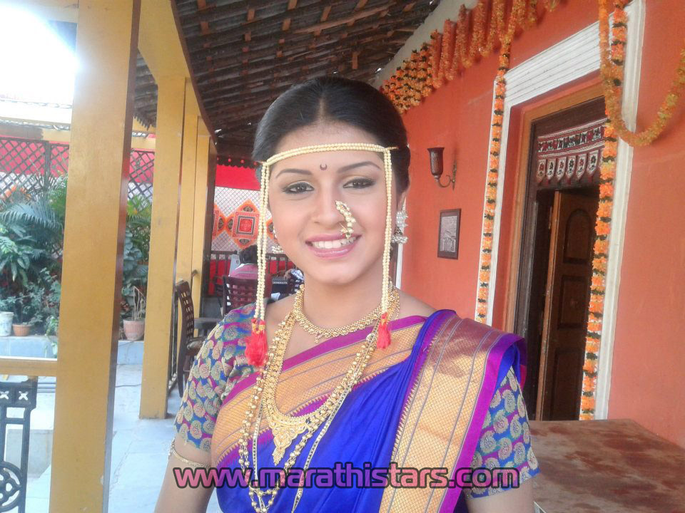 Sanskruti balgude marathi actress photos biography marathistars marathi actress sanskruti balgude photos in saree 2 altavistaventures Choice Image