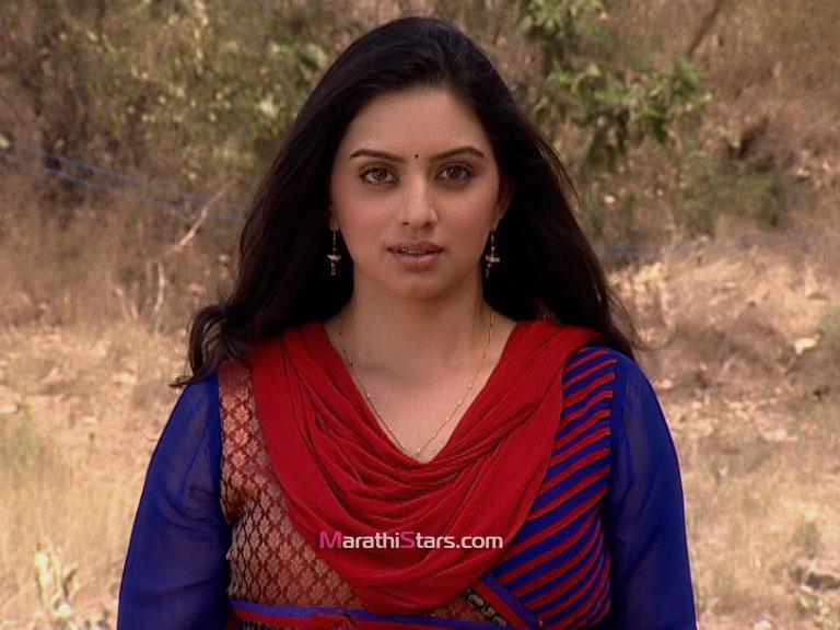 Shruti Marathe Marathi Actress Photos  Biography - Marathistars-7561