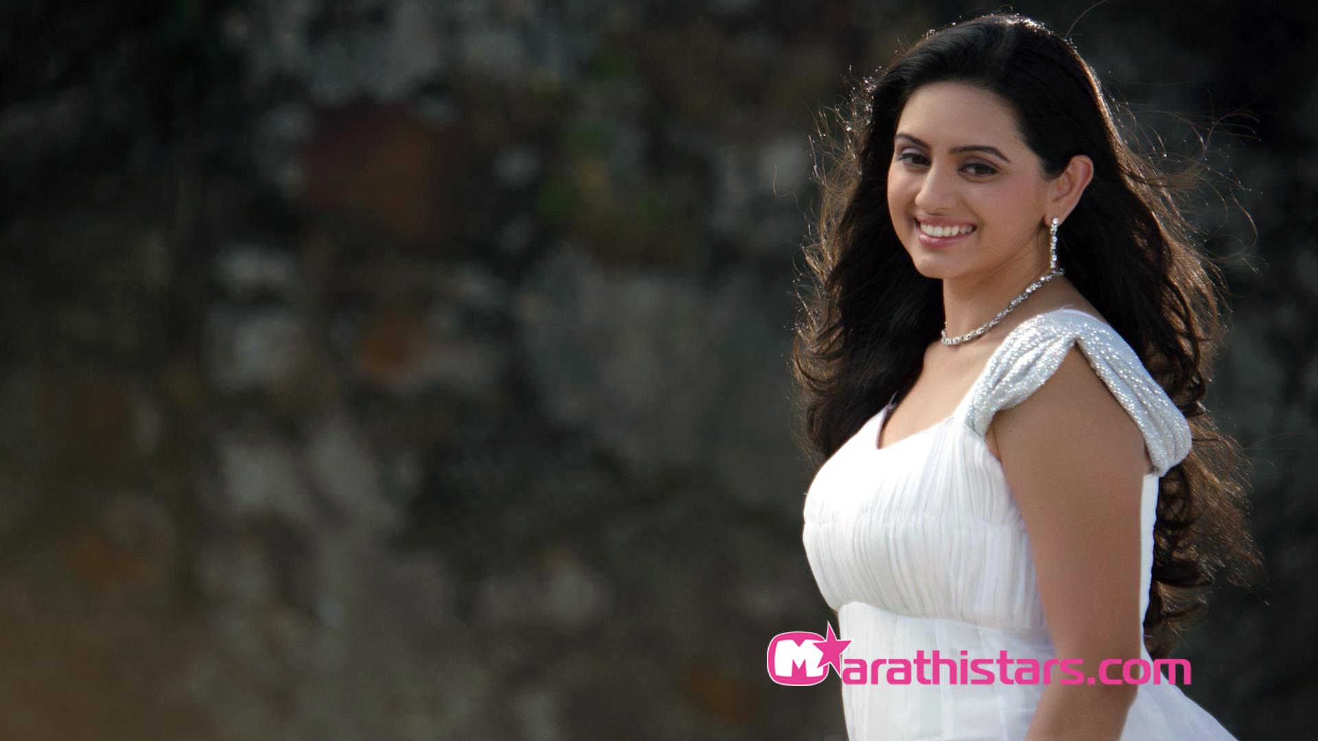 Shruti Marathe Marathi Actress Photos  Biography -2822
