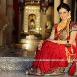 shruti-marathe-marathi-actress-image-in-saree