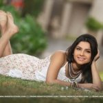 sonalee-kulkarni-marathi-actress-wallpapers-1