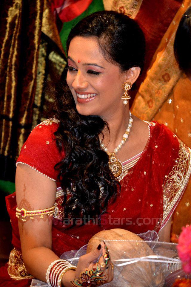 nude images marathi actress