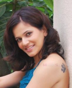 Manva naik Hot Photos