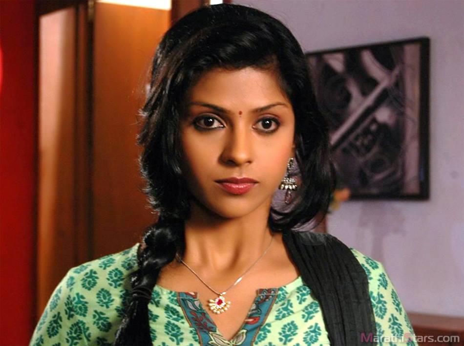E Tv Marathi Actress Van Vicker Movies 2014